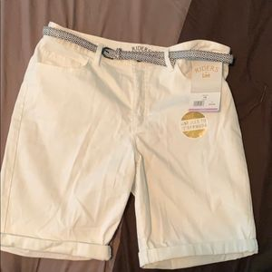 Riders by Lee Summer White Bermuda Shorts